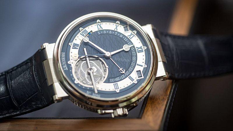 Đồng hồ Thụy Sỹ thương hiệu Breguet