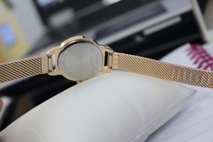 Mặt sau đồng hồ Citizen nữ EZ7003-51X