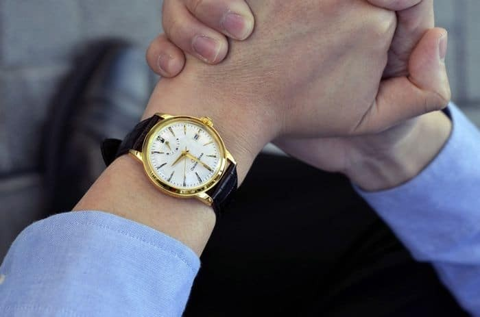 Cách chọn đồng hồ nam phù hợp với bản thân toát lên vẻ đẹp nam tính