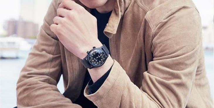 chọn đồng hồ theo mẫu thiết kế