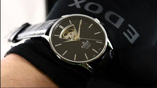 Thương hiệu đồng hồ Edox được thành lập vào năm 1884 bởi Christian Ruefli-Flury.