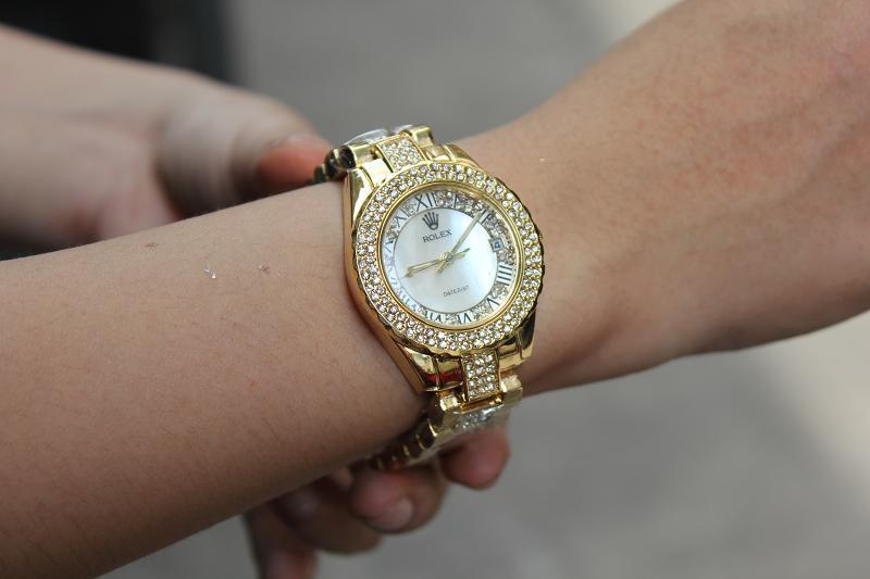 đồng hồ hàng hiệu giảm giá chuẩn hàng xịn