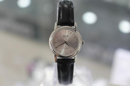 Đồng hồ nữ Casio LTP-1095E-7ADF