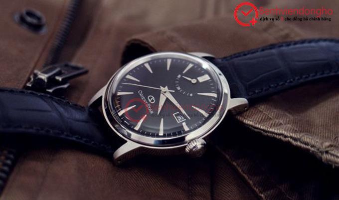 Kính đồng hồ cường lực được sử dụng trong mẫu Orient Star