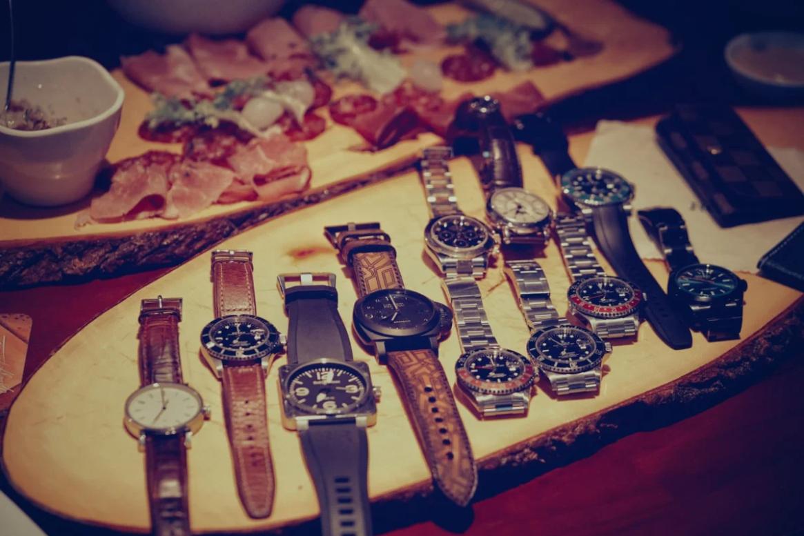Kinh doanh đồng hồ 2020