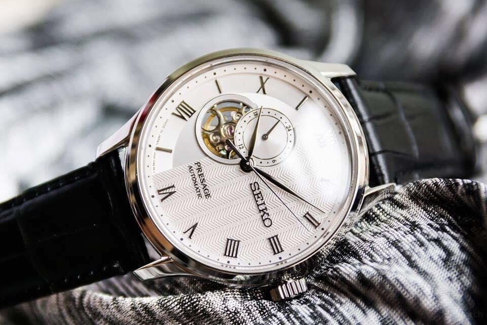 mẫu đồng hồ cơ nam đẹp nhất