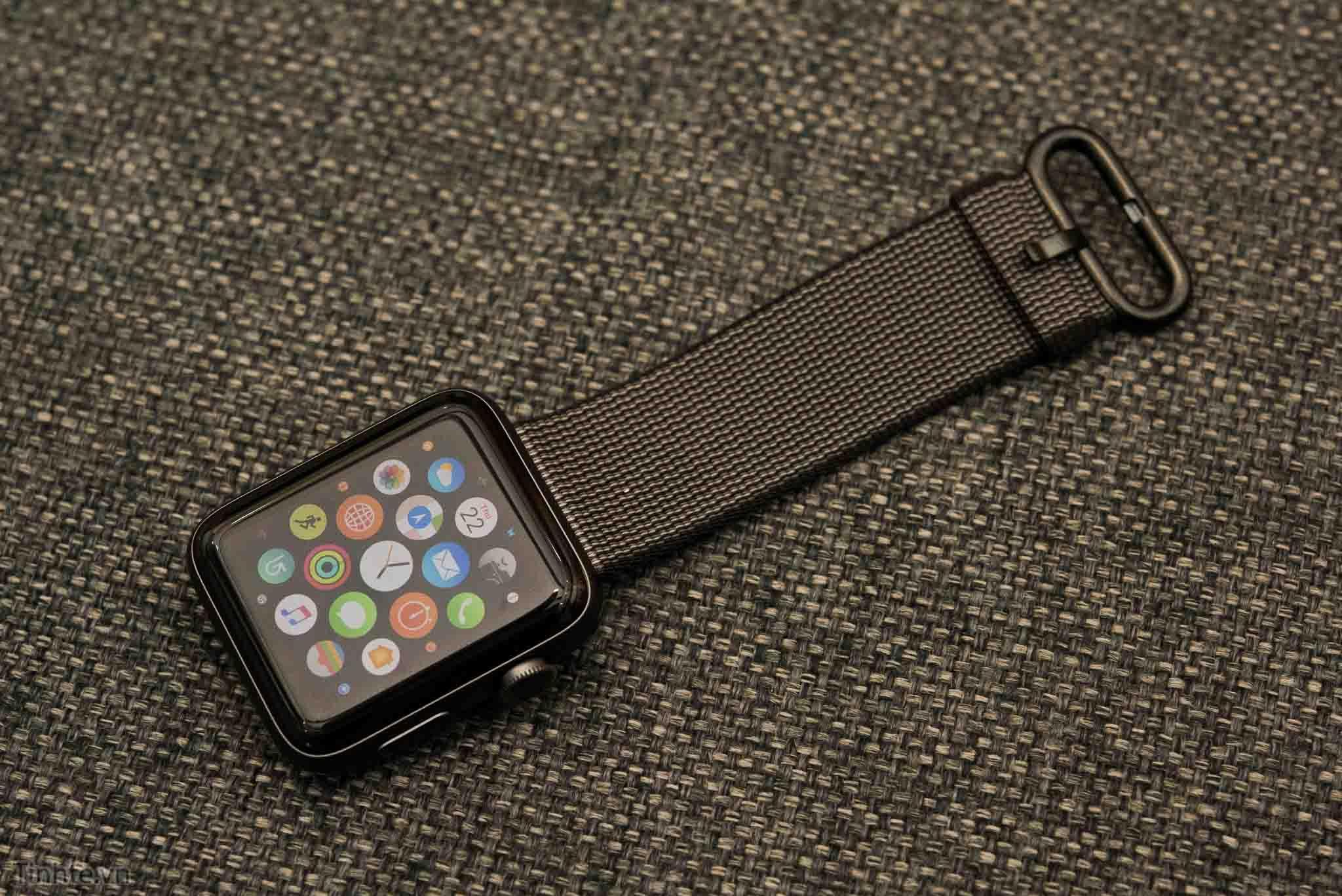 Đánh giá nhanh Apple Watch 2: dày hơn, lớn hơn, nhanh hơn, chống ...
