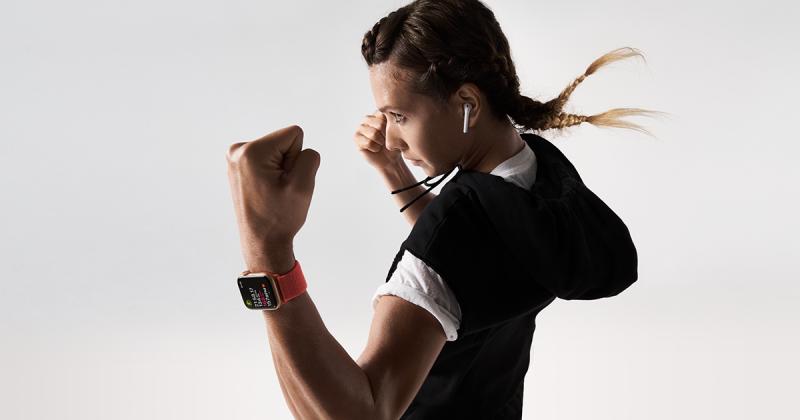 Apple Watch Series 4 giá bao nhiêu thời điểm 2019?