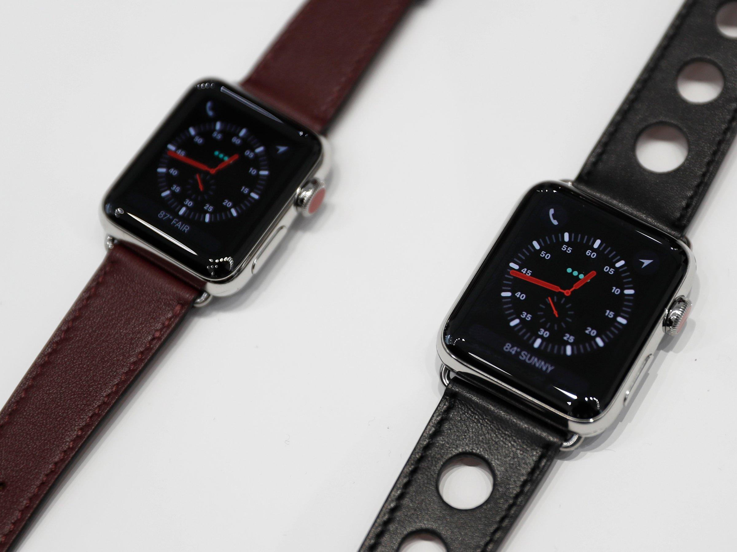 Cổ phiếu Apple sụt mạnh 3% vì review tệ hại của Apple Watch Series 3