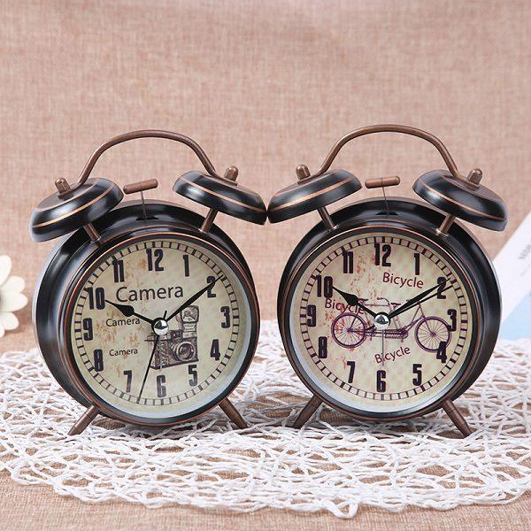 Đồng hồ báo thức cổ điển - Shop quà trực tuyến - Website uy tín