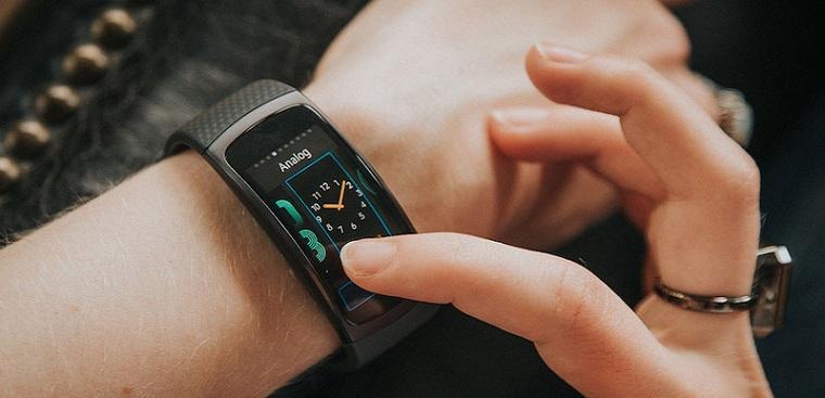 Đồng hồ thông minh là gì? Đồng hồ thông minh có sim và điều cần biết