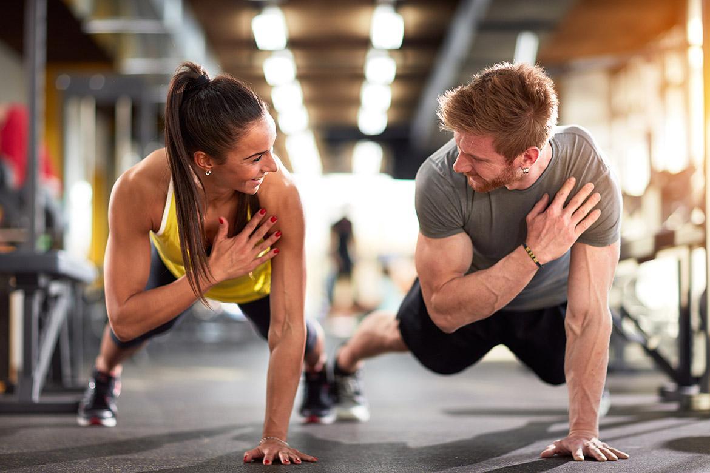 Tập luyện cùng nhau giúp các cặp đôi thêm gắn kết - Báo Cần Thơ Online