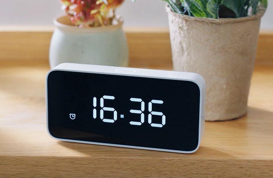 Top 5 đồng hồ báo thức đa năng mà nhà nào cũng phải có - VietReview.vn